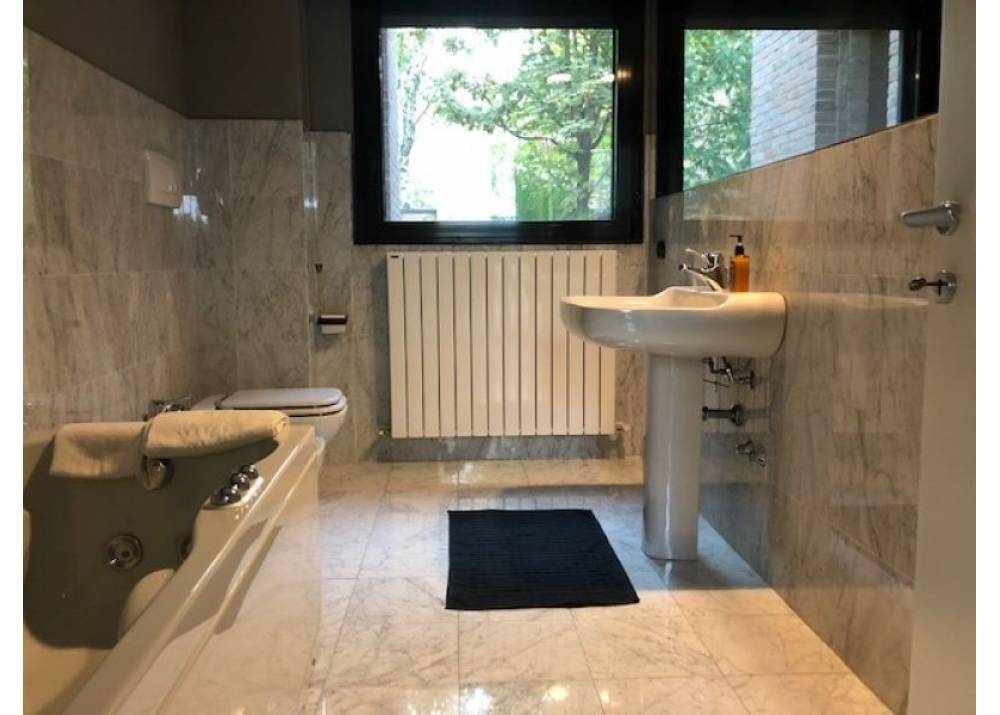 Vendita Villa a Parma   di 280 mq