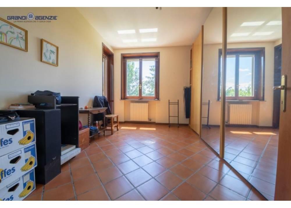 Vendita Appartamento a Parma quadrilocale  di 143 mq