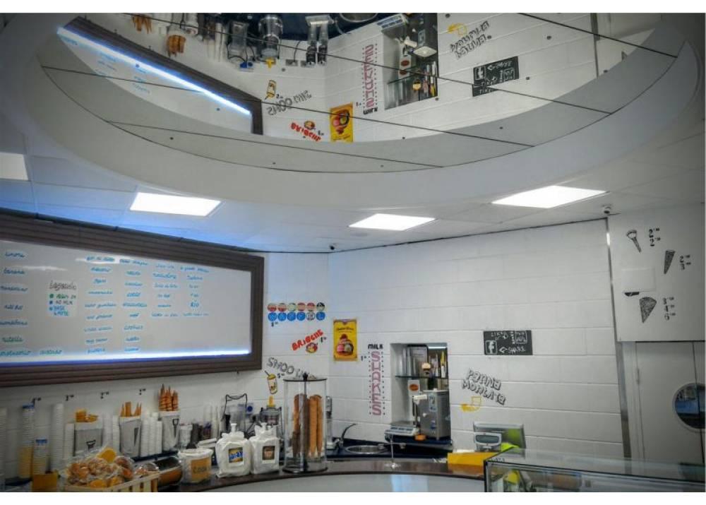 Vendita Locale Commerciale a Parma monolocale Parma centro di 60 mq