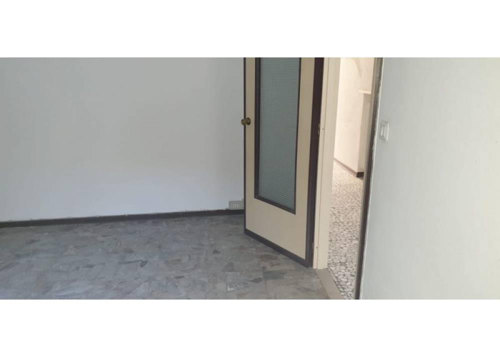 Vendita Villetta a schiera a Sissa quadrilocale  di 156 mq