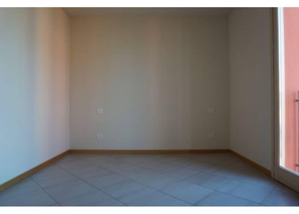 Vendita Appartamento a Sant`Ilario D`enza trilocale  di 80 mq