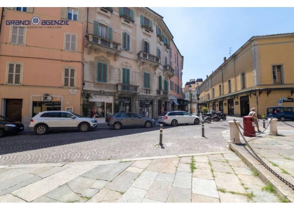 Vendita Negozio a Parma monolocale centro storico di 30 mq