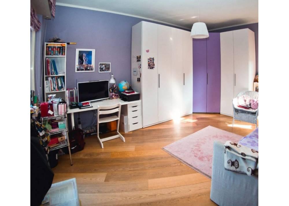 Vendita Appartamento a Parma quadrilocale centro di 157 mq