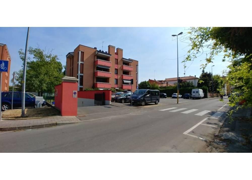 Affitto Garage a Parma monolocale San Leonardo di 18 mq