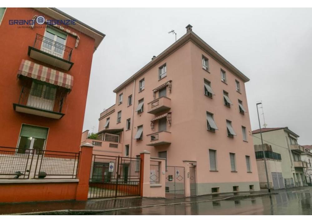 Vendita Trilocale a Parma  EFSA di 97 mq