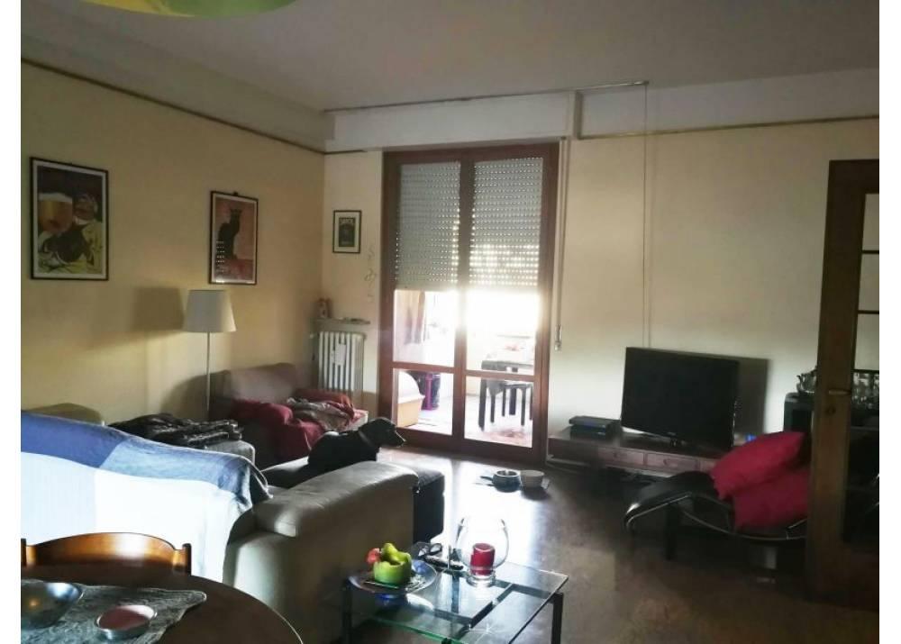 Affitto Appartamento a Parma trilocale Q.re San Lazzaro di 130 mq
