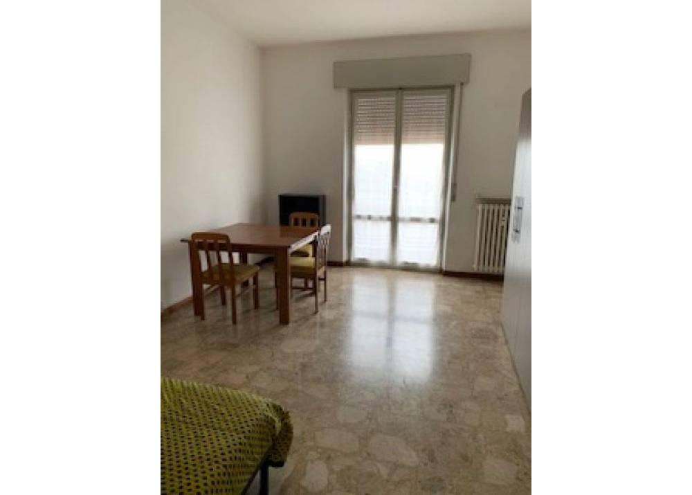 Affitto Appartamento a Parma trilocale Ospedale di 75 mq