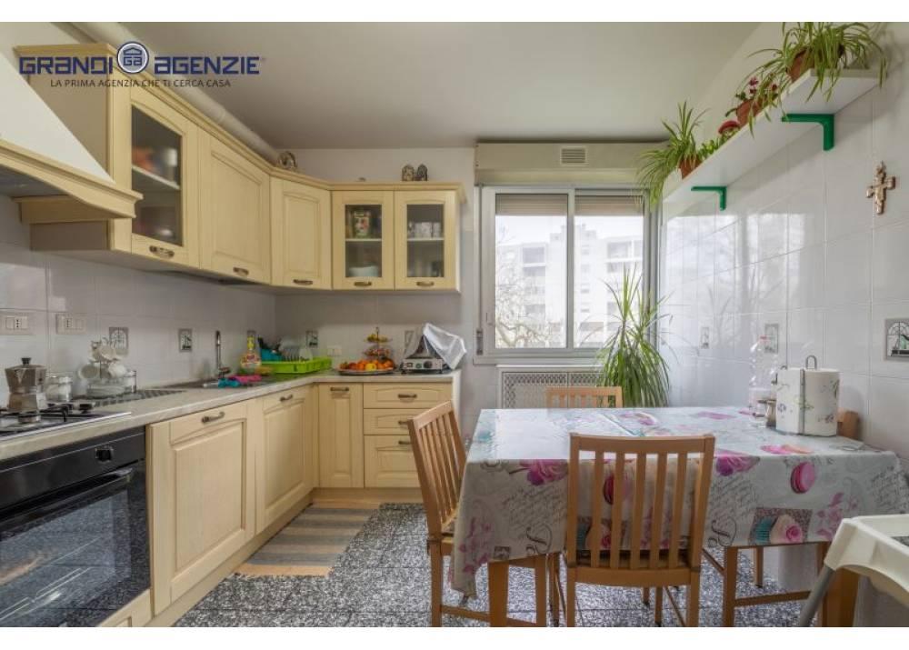Vendita Appartamento a Parma trilocale Montanara/Cinghio di 90 mq