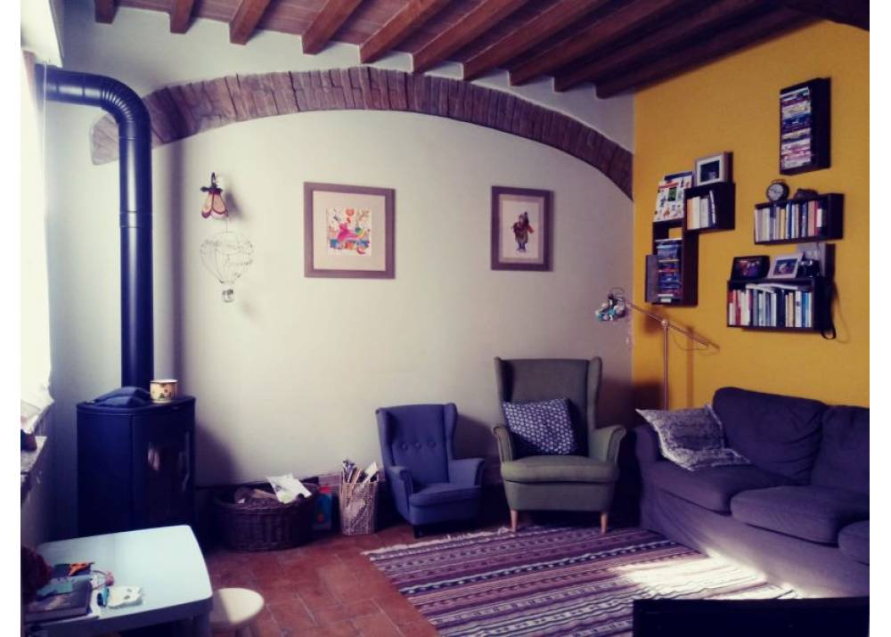 Vendita Rustico a Parma  Zona Ex Salamini di 140 mq