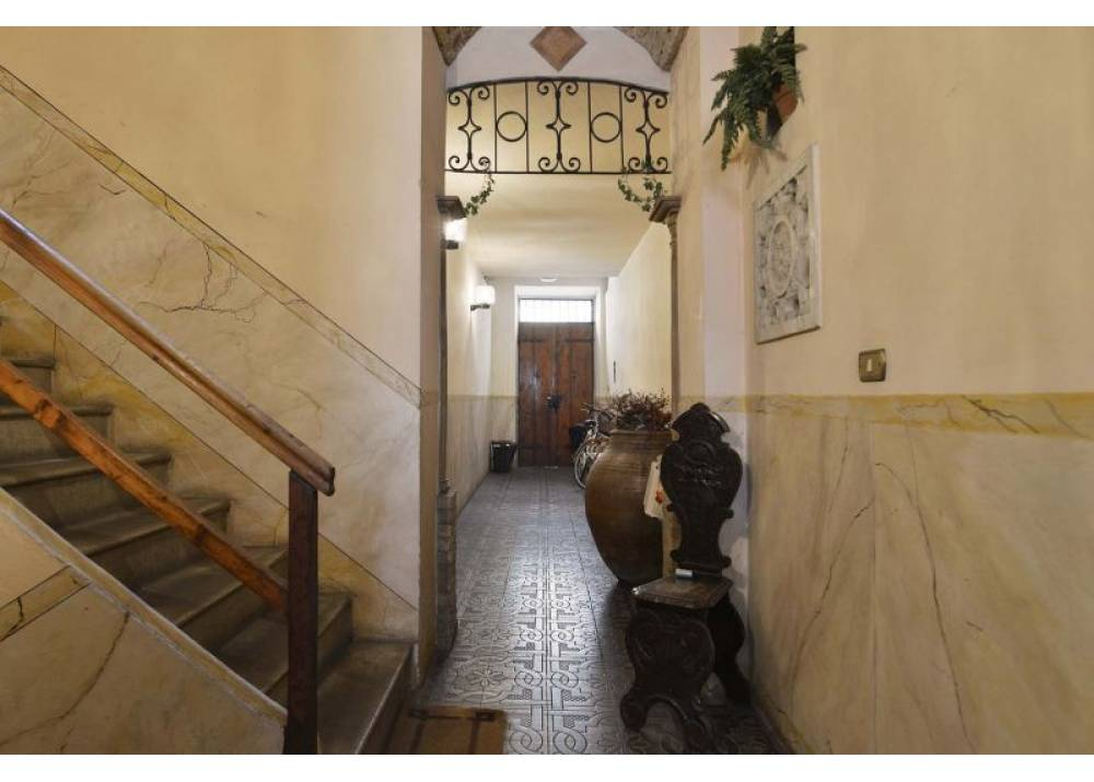 Vendita Appartamento a Parma Borgo del Parmigianino Centro Storico di 85 mq