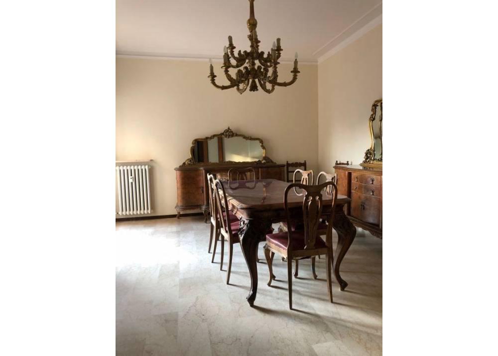 Affitto Appartamento a Parma trilocale Arco di San Lazzaro di 100 mq