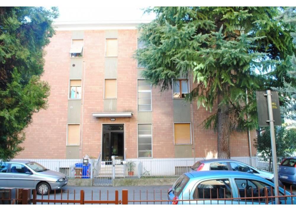 Vendita Appartamento a Parma trilocale Montanara di 94 mq