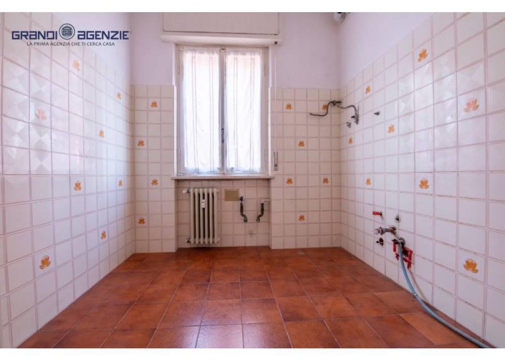 Vendita Appartamento a Parma trilocale centro contabile di 90 mq