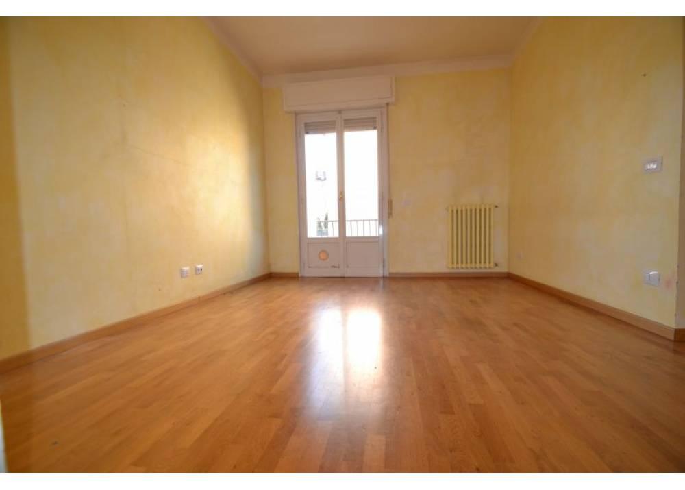 Vendita Appartamento a Parma trilocale San Leonardo di 93 mq