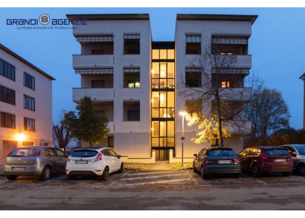 Vendita Appartamento a Parma trilocale Colombo di 95 mq