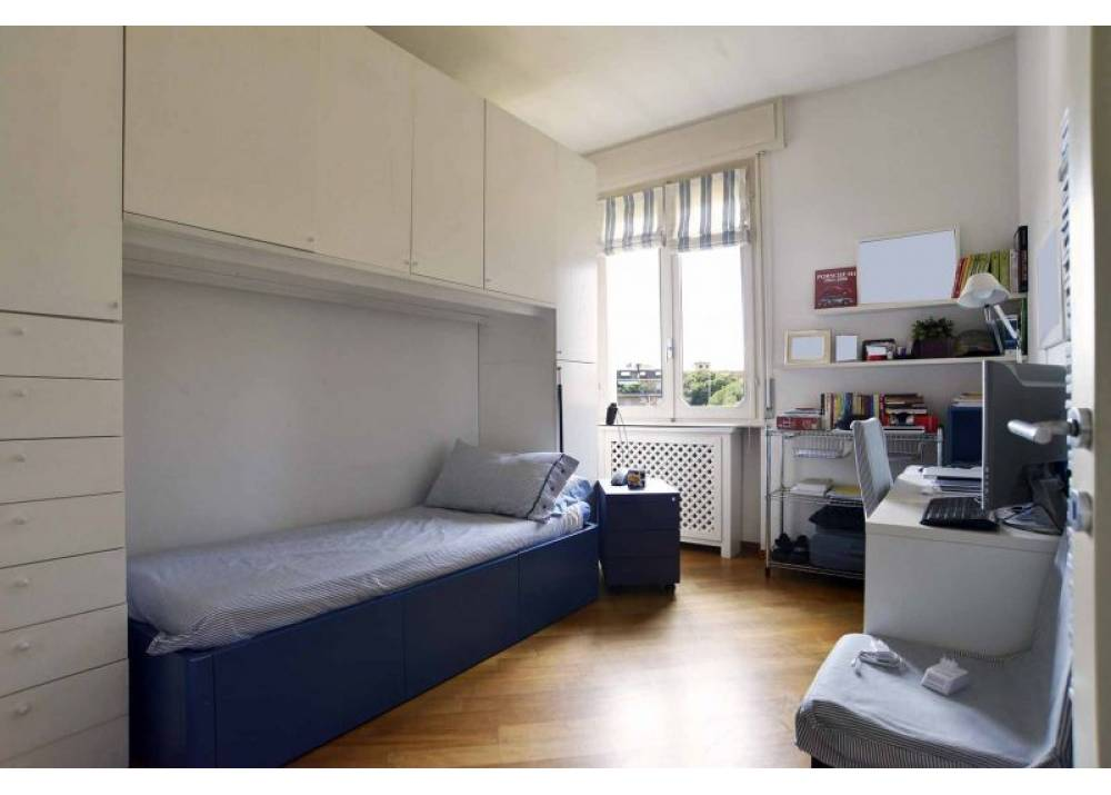 Vendita Appartamento a Parma Strada XXII Luglio Centro Storico di 130 mq