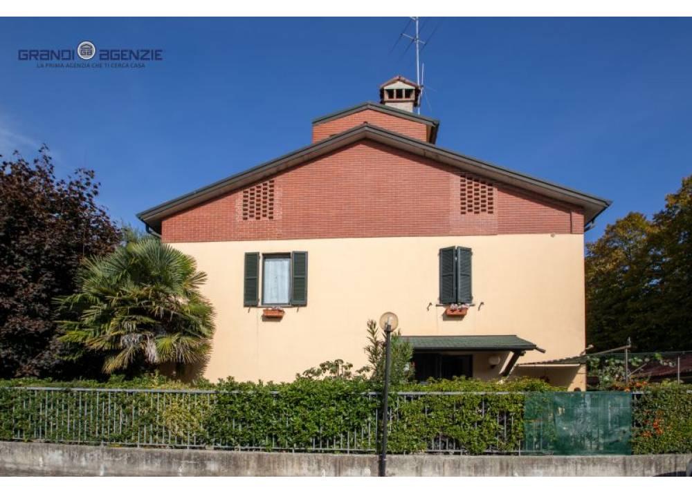 Vendita Appartamento a Parma  Molinetto di 450 mq