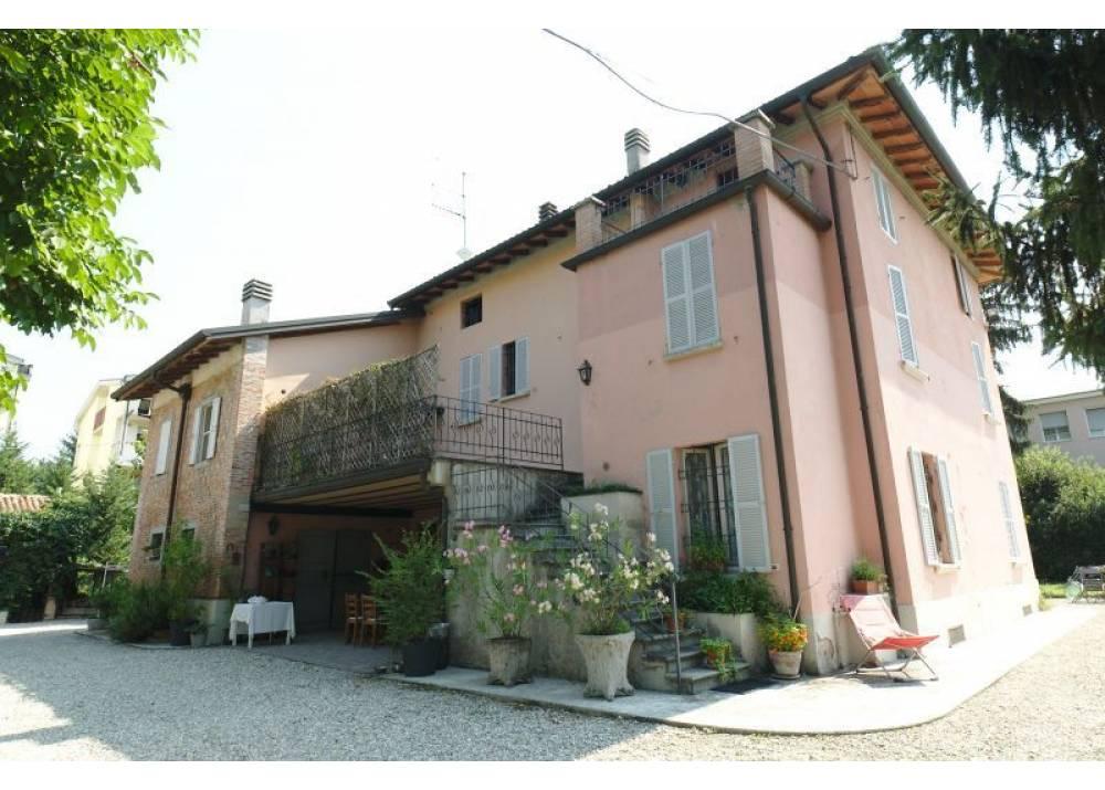 Affitto Appartamento a Parma quadrilocale Cinghio di 90 mq