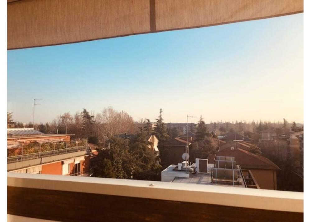 Vendita Attico a Parma quadrilocale Int. Via Zarotto di 180 mq
