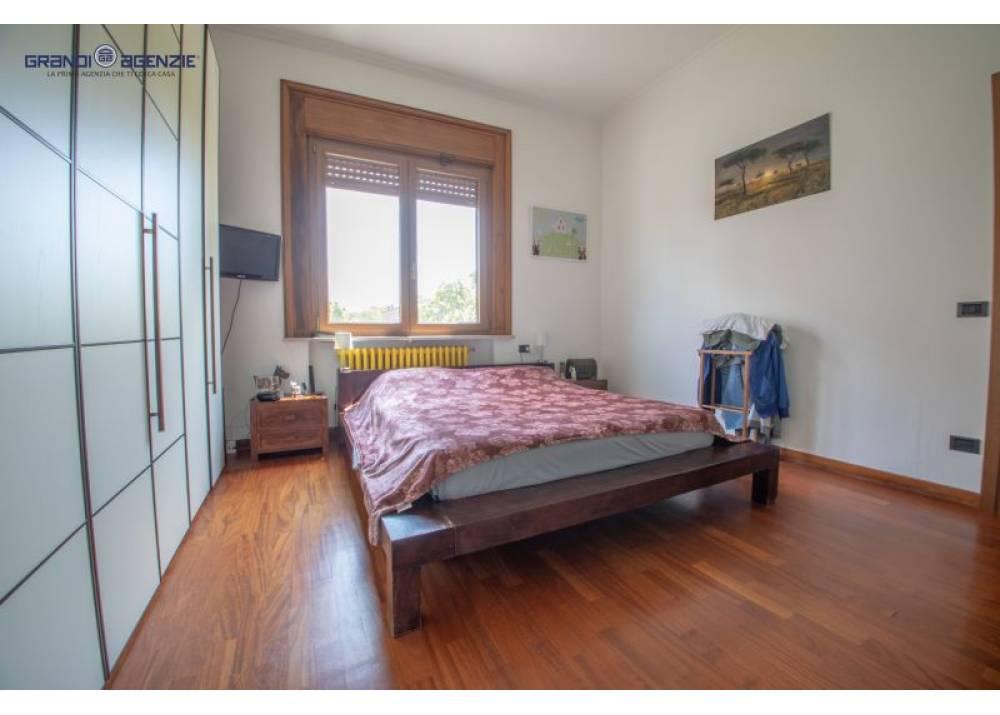 Vendita Trilocale a Parma  Manara di 150 mq
