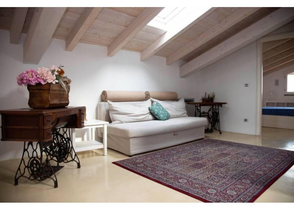 Vendita Villa a Parma  Ravadese di 200 mq