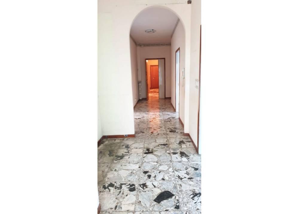 Vendita Appartamento a Parma trilocale Arco di San Lazzaro di 100 mq