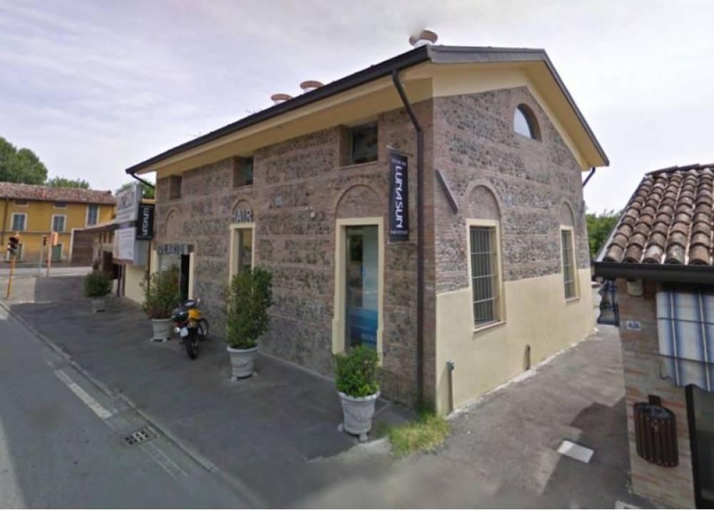 Affitto Locale Commerciale a Parma monolocale  di 400 mq