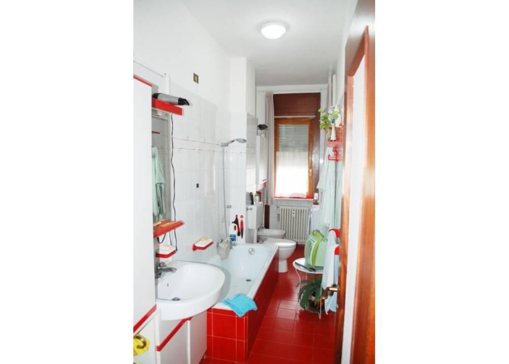 Vendita Appartamento a Parma trilocale Q.re San Lazzaro di 103 mq