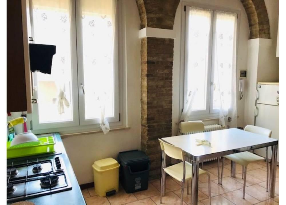 Affitto Appartamento a Parma trilocale Oltretorrente di 95 mq