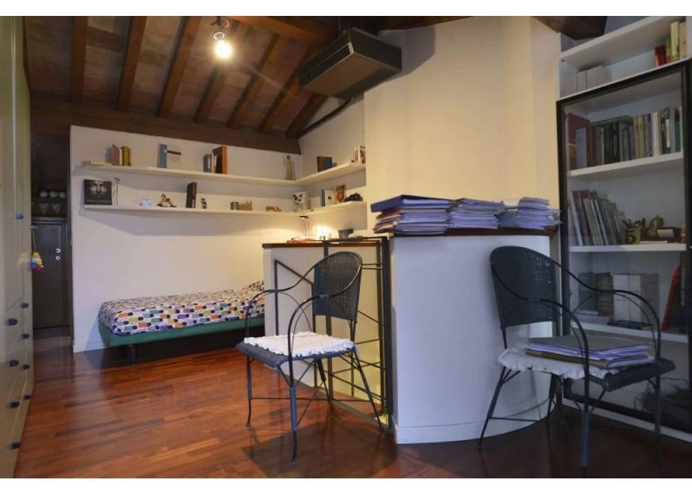 Vendita Casa Indipendente a Parma trilocale Oltretorrente di 148 mq
