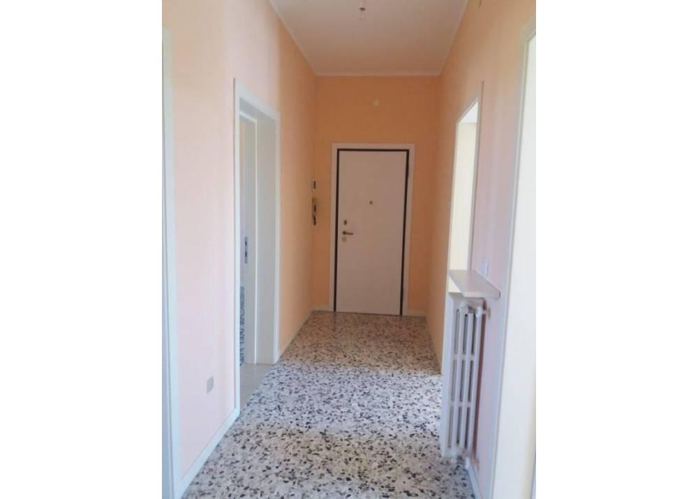 Affitto Appartamento a Parma trilocale san lazzaro di 85 mq