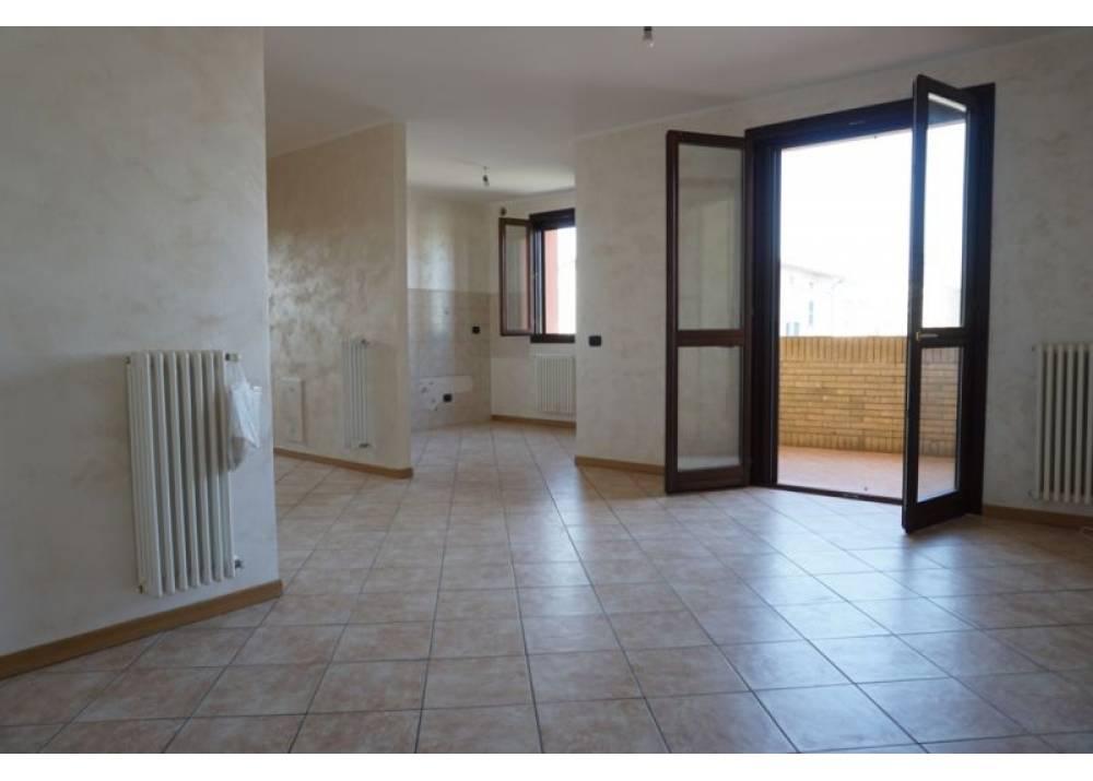 Vendita Appartamento a Sant`Ilario D`enza Via Fornace Baistrocchi  di 73 mq