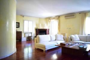 Vendita villa a Parma - Barilla Center