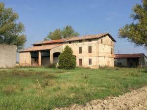 Vendita rustico a Parma