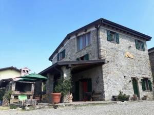 Vendita casa indipendente a Neviano Degli Arduini - Corticone