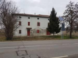 Vendita villa a Trecasali