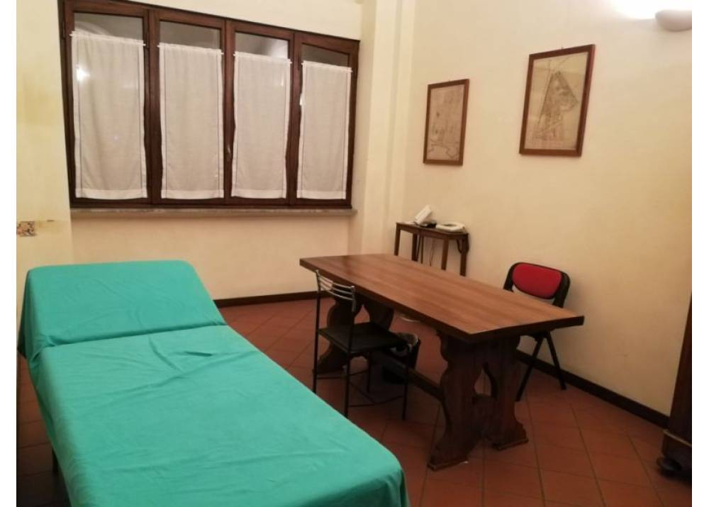 Affitto Locale Commerciale a Parma monolocale Centro Storico di 20 mq
