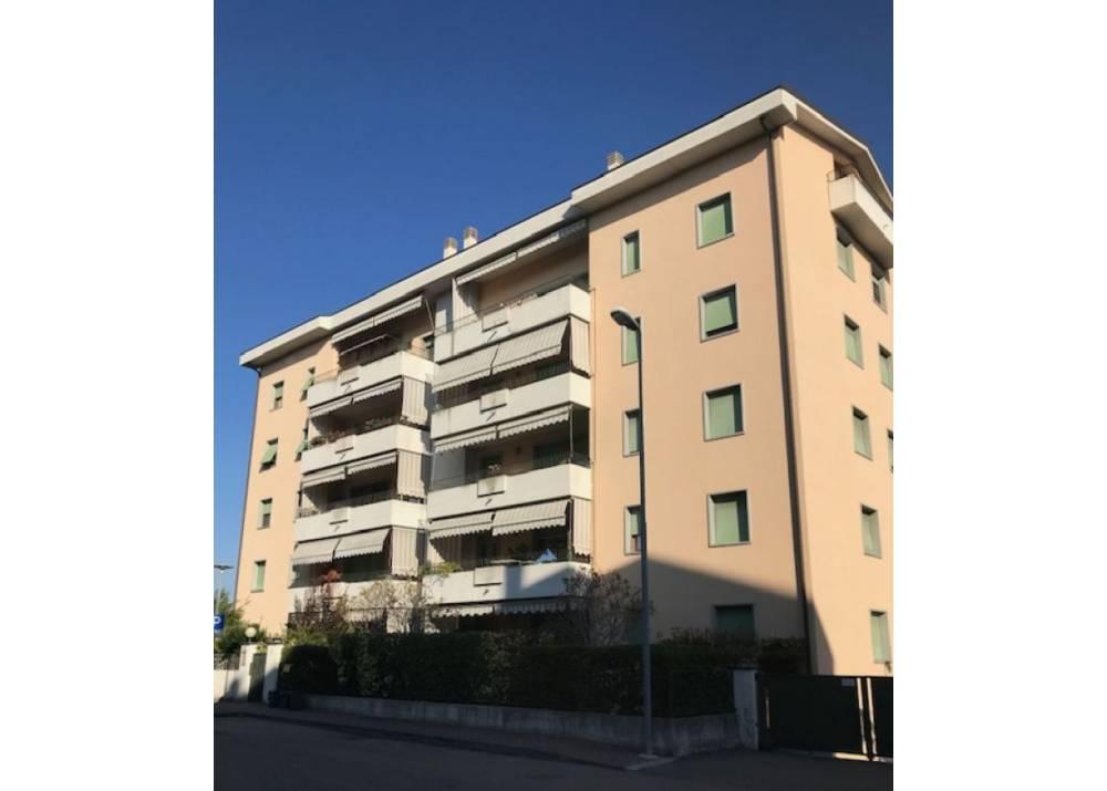 Affitto Appartamento a Parma trilocale Montanara di 78 mq