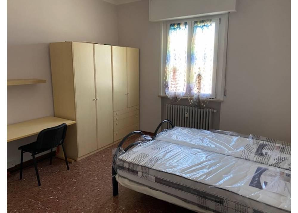 Affitto Appartamento a Parma quadrilocale Ospedale di 100 mq