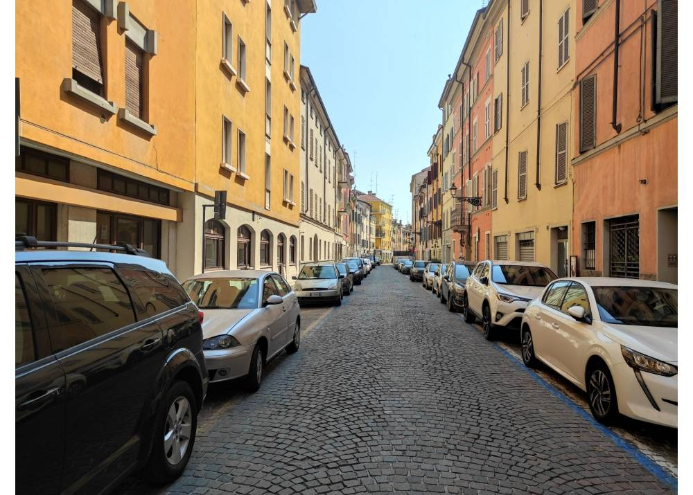 Vendita Appartamento a Parma quadrilocale Centro - Stazione di 110 mq
