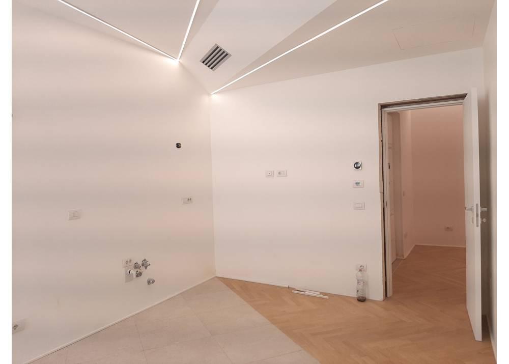 Affitto Appartamento a Parma quadrilocale Centro Storico di 140 mq