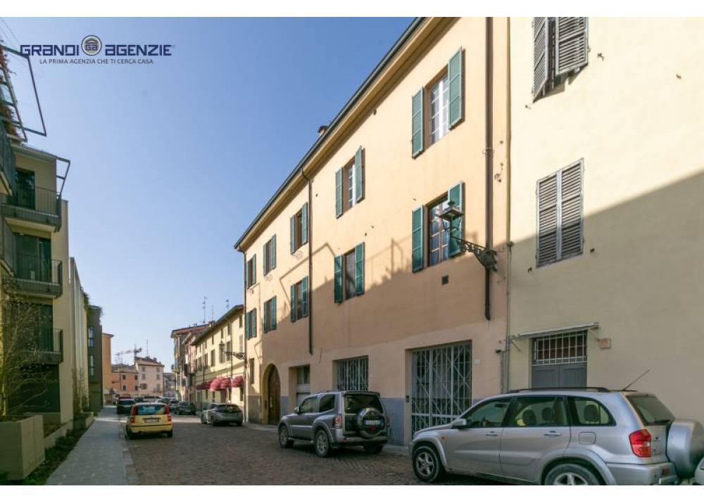 Vendita Appartamento a Parma quadrilocale Oltretorrente di 127 mq