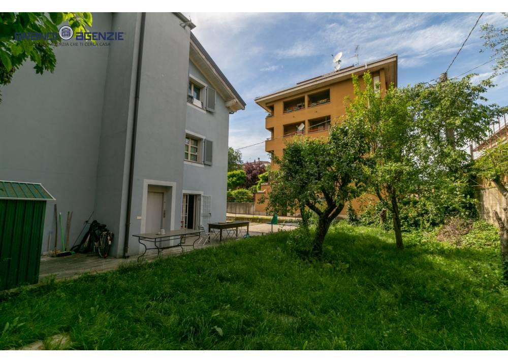 Vendita Villa a Parma  Montanara/Parmarotta di 315 mq