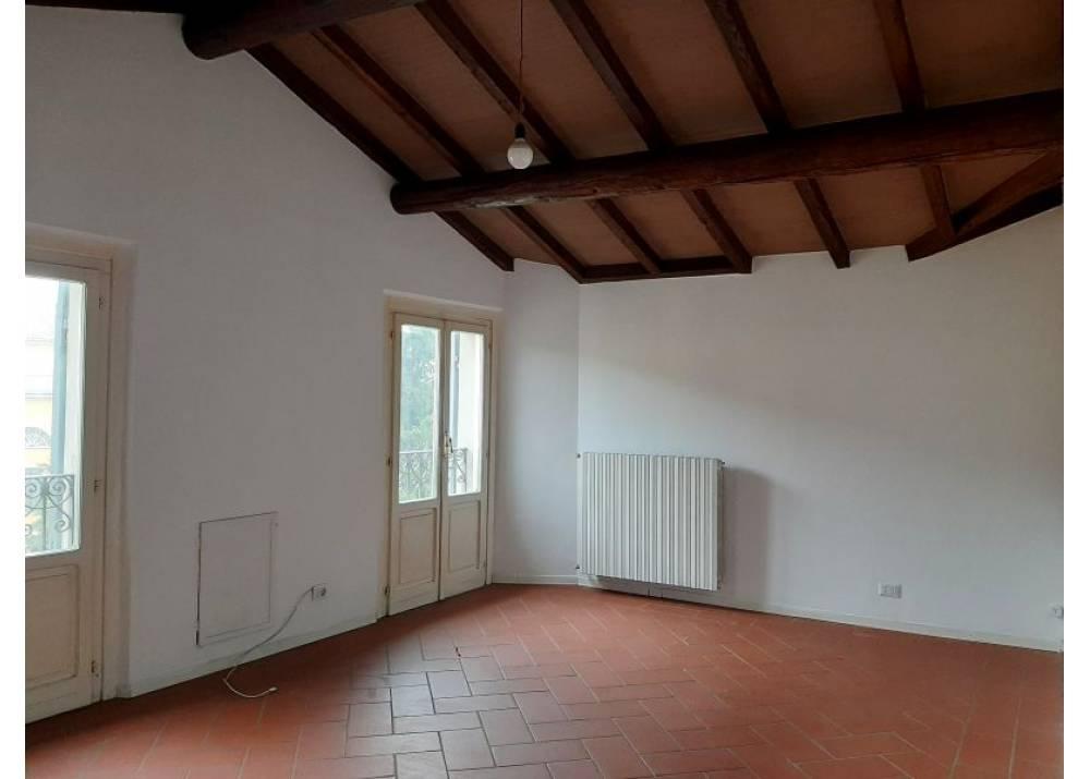 Affitto Appartamento a Parma quadrilocale Parma centro di 100 mq