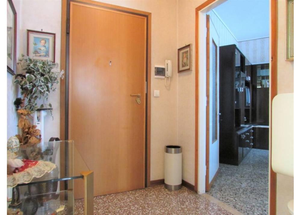 Vendita Appartamento a Parma trilocale  di 101 mq