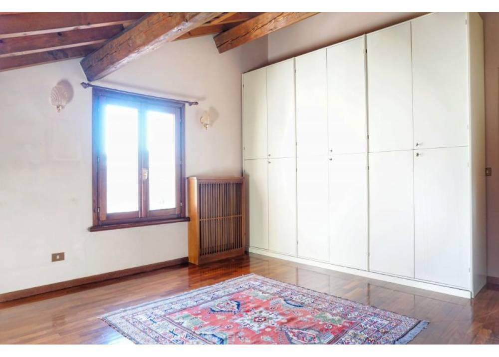 Vendita Appartamento a Parma quadrilocale Centro - La Galleria di 161 mq