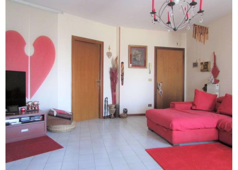 Vendita Appartamento a Parma quadrilocale Paradigna di 112 mq