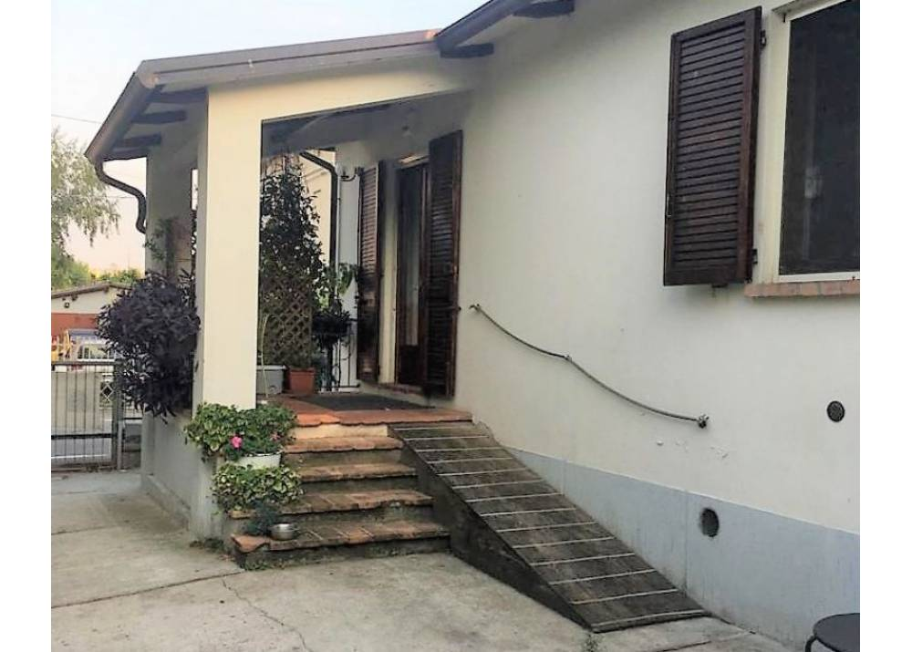 Vendita Villa a Sala Baganza trilocale  di 131 mq
