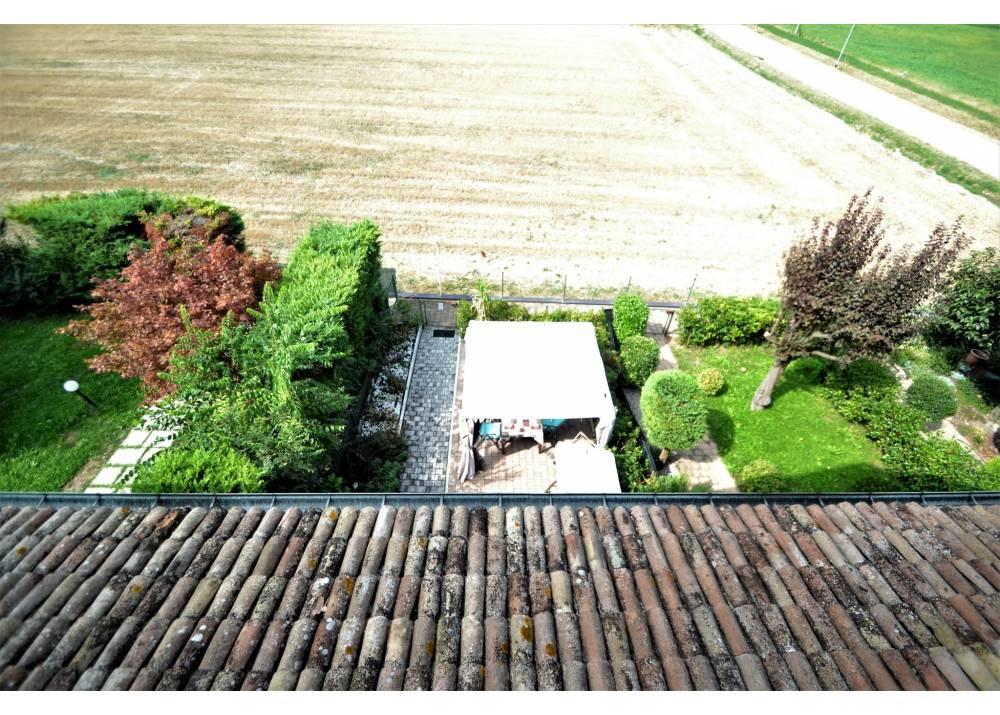 Vendita  a Parma   di 216 mq
