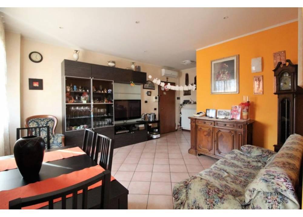 Vendita Appartamento a Torrile trilocale  di 80 mq